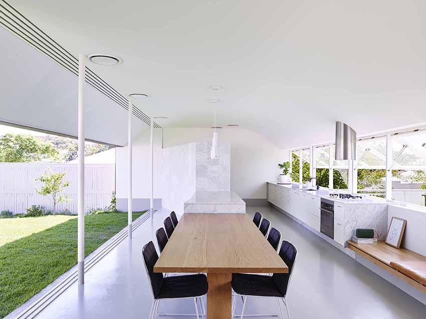 Photo Peter Bennetts Rosalie House QLD By Owen Architecture Toby Scott