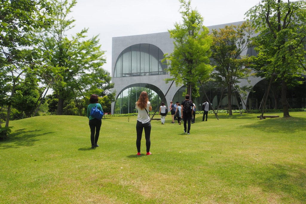 Day 1 visit to Tama Art University Library by Toyo Ito.