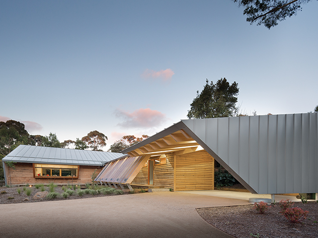 Somers Beach House - March Studio - Photo by John Gollings