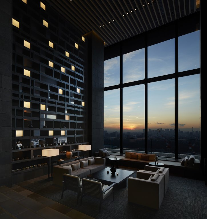 Award for interior architecture aman tokyo by kerry hill for Design hotel tokyo