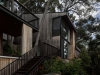 Award for Residential Architecture – Houses (New) – House in Noosa by MORQ. Photo: Peter Bennetts.