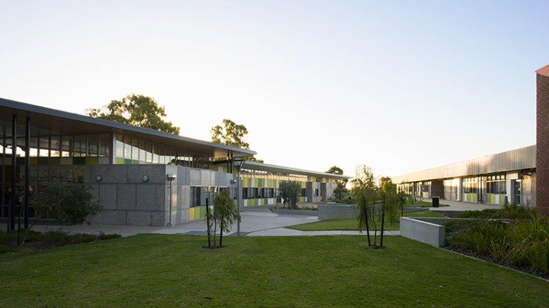 Sustainable Coxhowlettbaileywoodland Bullsbrookcollege Alisonpaine