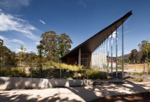 Marysville 16 Hour Police Station by Kerstin Thompson Architects. Image by Trevor Mein