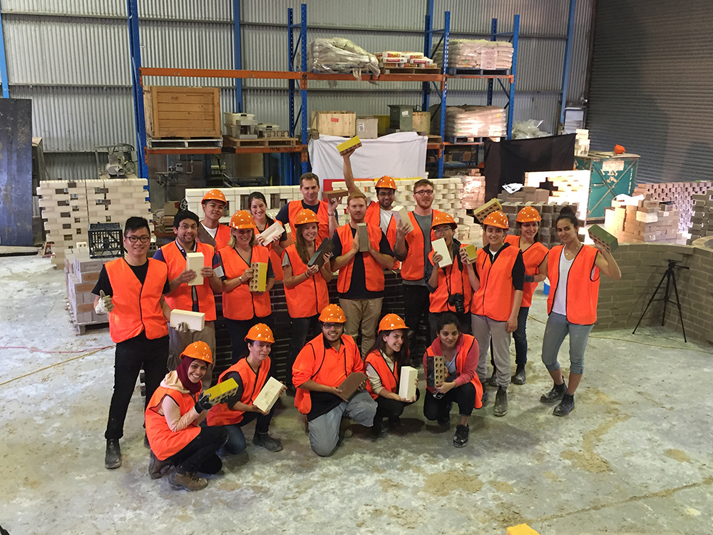 ORR_4_With the students at Austral 2015_small