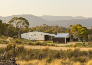 Crackenback Stables by Casey Brown Architecture. Photo: Rhys Holland