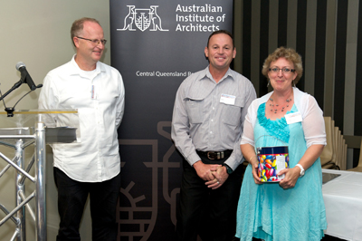 Winner of the Dulux Lucky Door Prize, Annita McDonald. Prize presented by Dean Loram from DuluxGroup Australia Pty Ltd